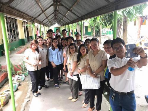 Mayor Mylyn Pineda-Cayabyab visits the San Roque Dau High School (1)