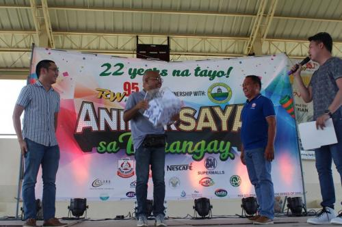 Thank you, RW 95.1 FM for bringing fun to our constituents in Lubao (6)